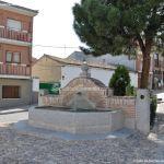 Foto Fuente Plaza de la Cruz del Buen Camino 1