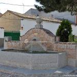 Foto Fuente Plaza de la Cruz del Buen Camino 3