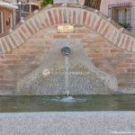 Foto Fuente Plaza de la Cruz del Buen Camino 6