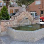 Foto Fuente Plaza de la Cruz del Buen Camino 8