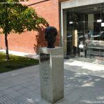 Foto Escultura Don José Hierro del Real 4