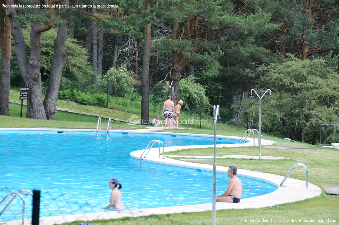 Piscinas naturales cercedilla 5 for Piscina natural cercedilla