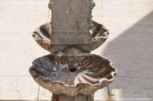 Foto Pequeña Fuente en la Plaza de Juan Carlos I 4
