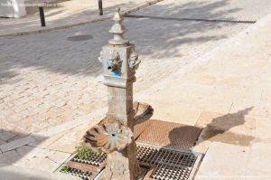 Foto Pequeña Fuente en la Plaza de Juan Carlos I 5
