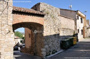 Foto Muralla de Torrelaguna - Puerta del Cristo de Burgos 9