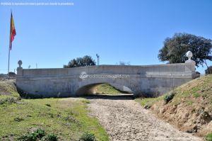 Foto Puente Antiguo sobre Arroyo de Vallelargo 7
