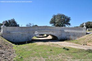 Foto Puente Antiguo sobre Arroyo de Vallelargo 8